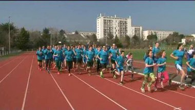 Le club La Rochelle triathlon a battu un beau record : l'Iron Man en collectif. / © FTV