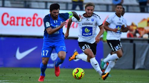Football ligue 2 : Niort s'incline 1-0 face à Grenoble