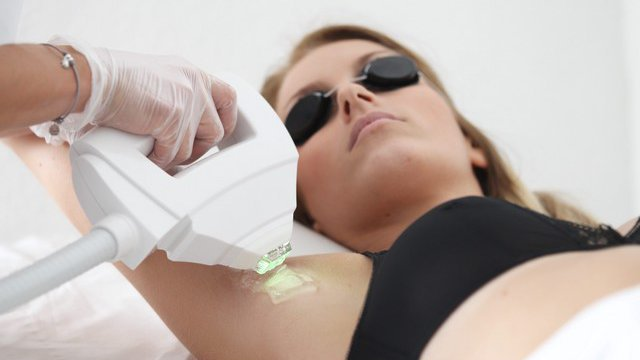 L 39 pilation la lumi re puls e interdite en institut for Appareil epilation laser maison