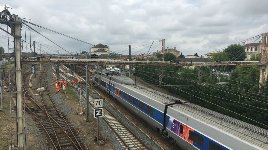 TGV Bordeaux - Paris : le trafic des trains interrompu