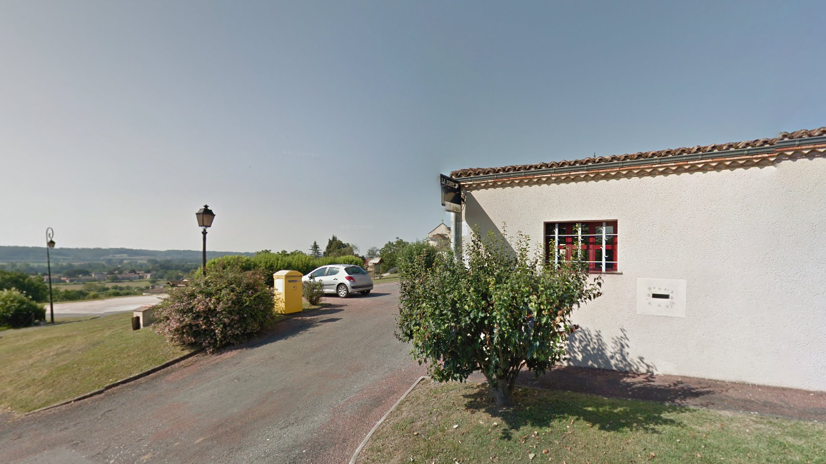La mairie de Douzillac, en Dordogne. Photo d'illustration / © Google maps