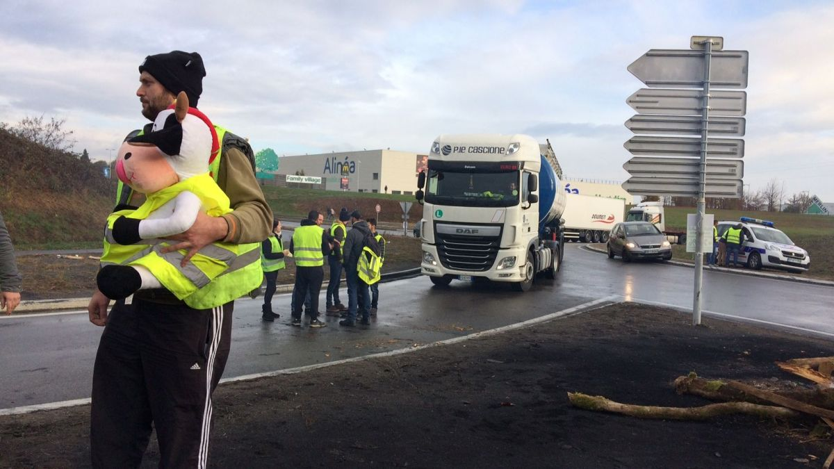 Gilets jaunes : la mobilisation se poursuit en Limousin
