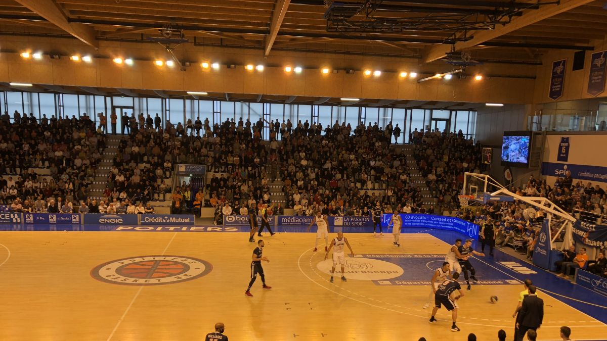 Le Poitiers Basket 86 s'incline à domicile face à Roanne : 71/74 / © Anthony Halpern, Francetv