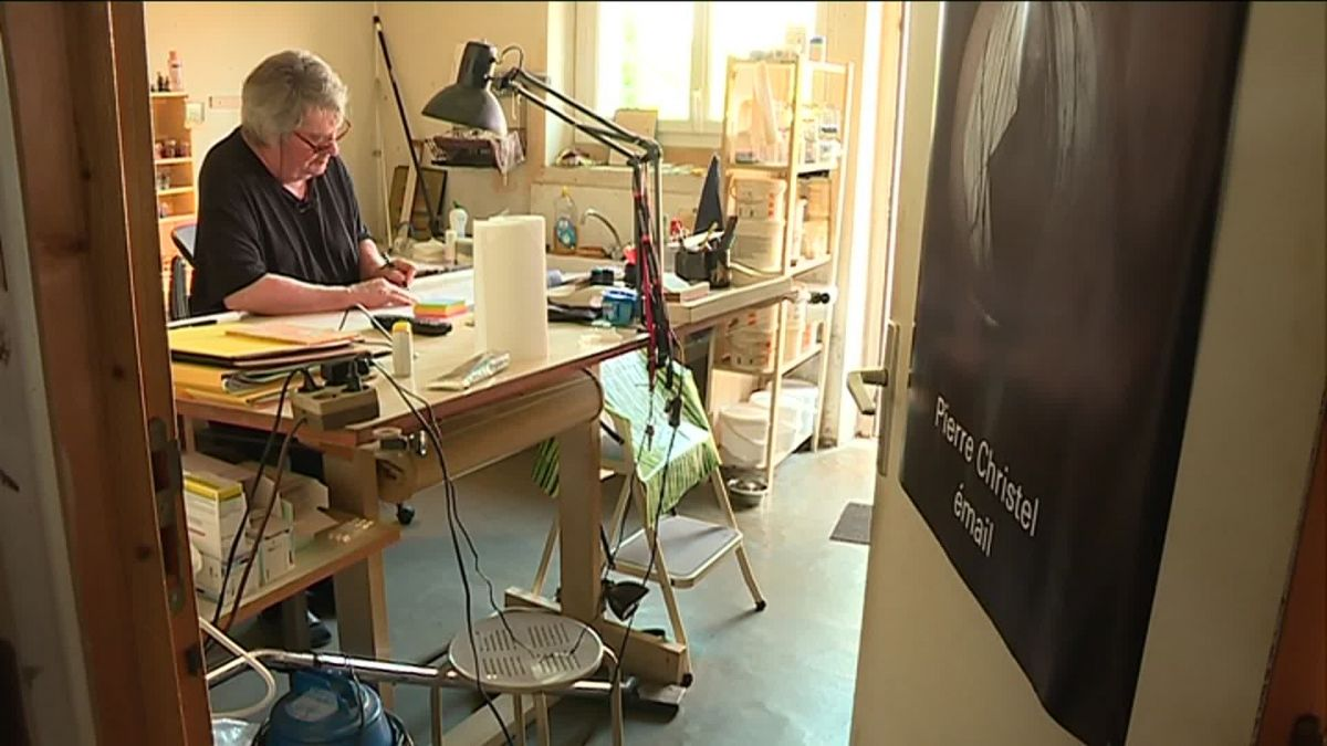 Pierre Christel dans son atelier. / © France 3 Limousin