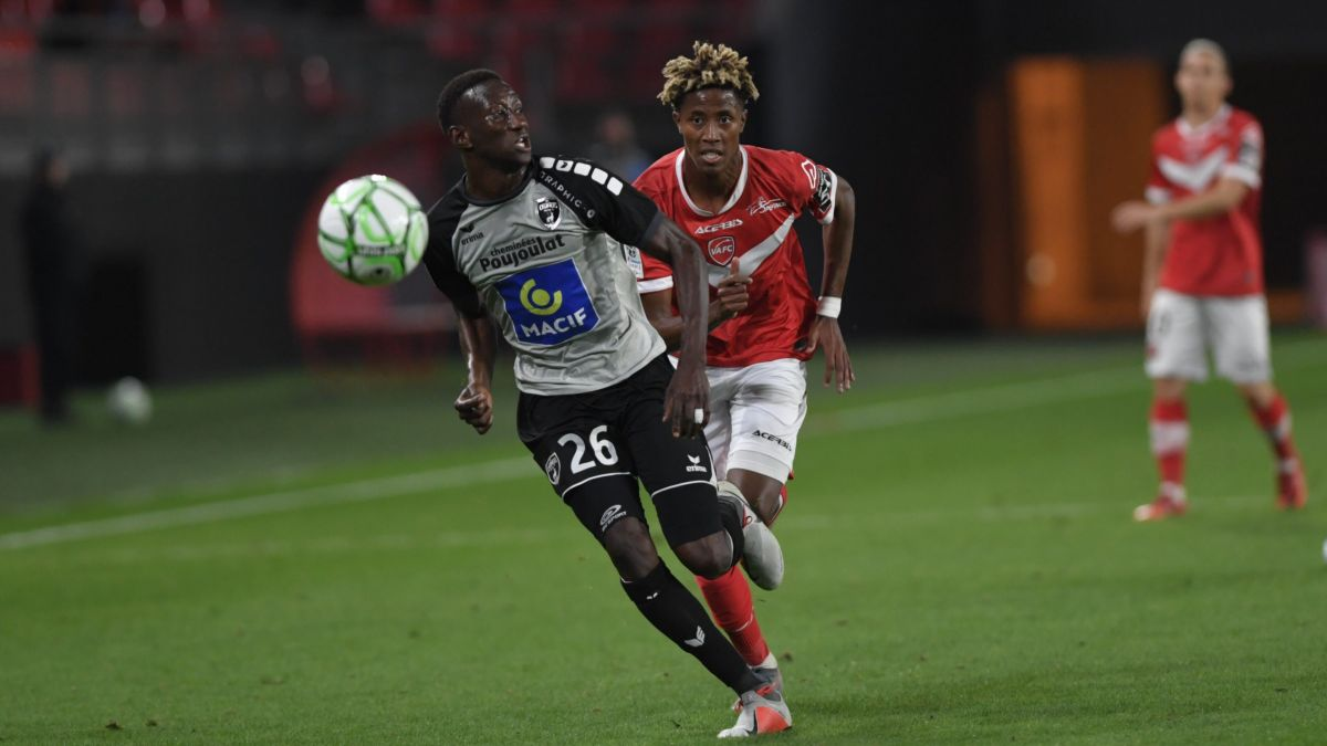 Football Ligue 2 : Niort arrache le match nul à Valenciennes