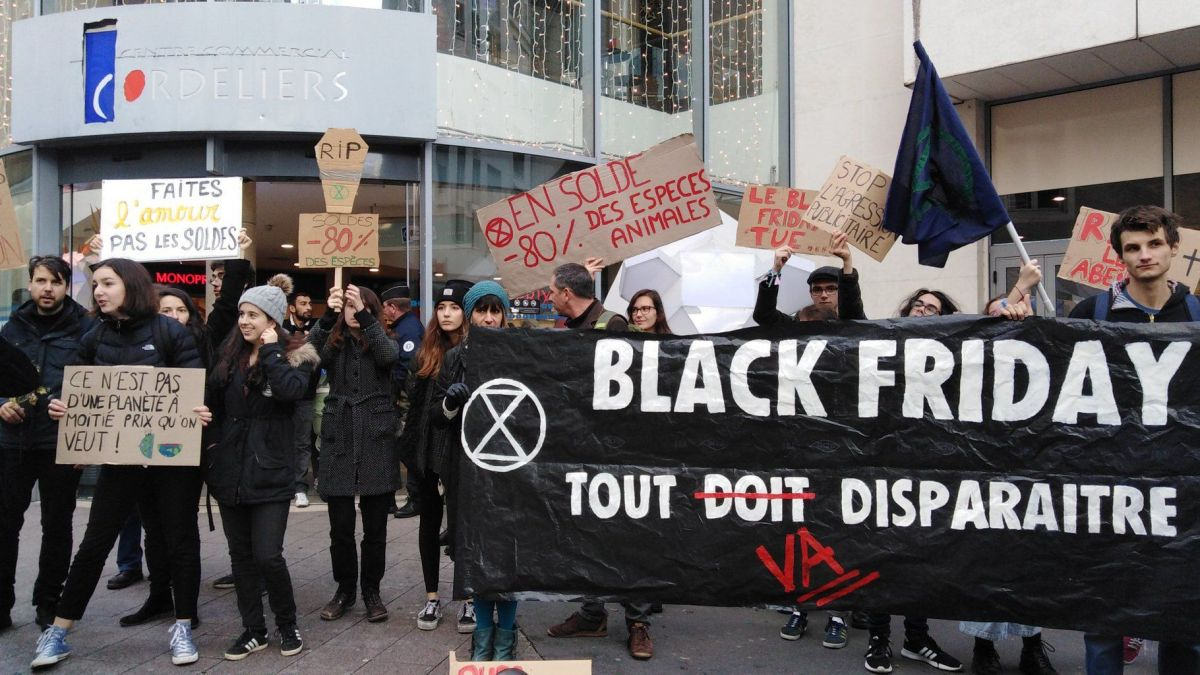 Image result for block friday france protests""