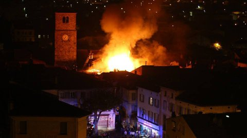 incendie_a_quillan_photo_sy.jpg_ok.jpg