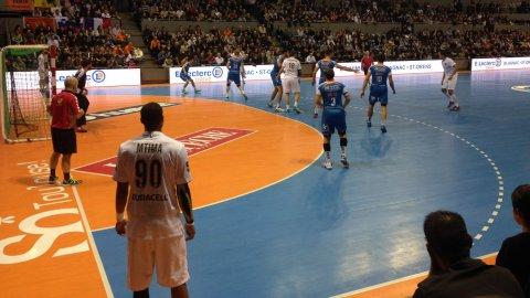 Handball : à l'issue d'un grand match, le Fénix Toulouse arrache le nul face à la grosse armada du PSG