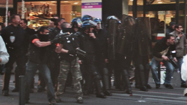 Une photo de l'intervention policière du 19 mars 2009, fournie par la défense de Joan Celsis. / © DR. Reproduction interdite.