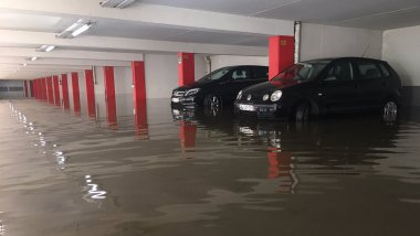 Le parking des Berges a été inondé / © S. Duchampt / France 3