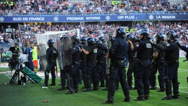 Montpellier est convoqué le 17 octobre devant la commission de discipline de la Ligue de football professionnel (LFP), à la suite des incidents survenus lors du derby de Ligue 1 contre Nîmes le 30 septembre. / © FABRICE FOURES/WP360/MAXPPP