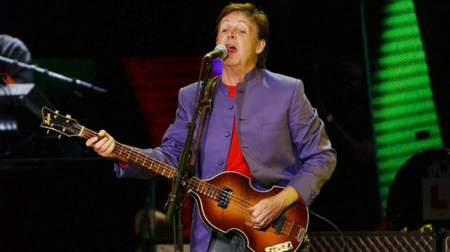 Paul Mc Cartney en concert en 2003 © AFP PHOTO STRINGER