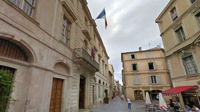 Nîmes - la mairie - archives / © Google maps