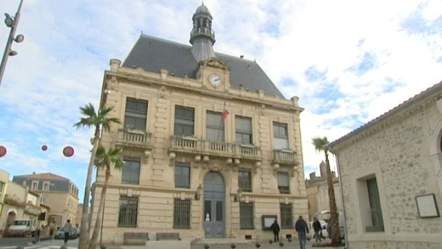mairie de villeneuve l s maguelone h rault france 3 lr. Black Bedroom Furniture Sets. Home Design Ideas