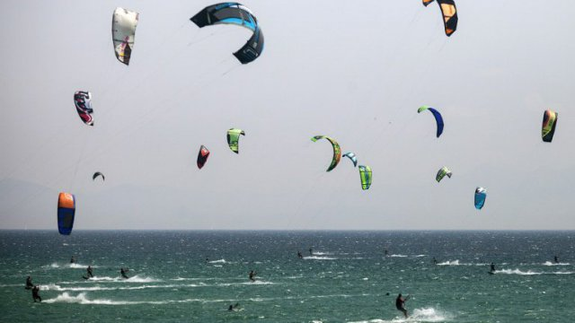 Kite surf / illustration / © AFP/GOGO LOBATO