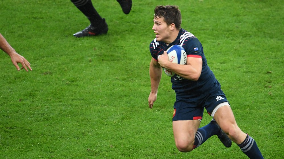 XV de France : le Toulousain Antoine Dupont, l'homme du match contre les All Blacks