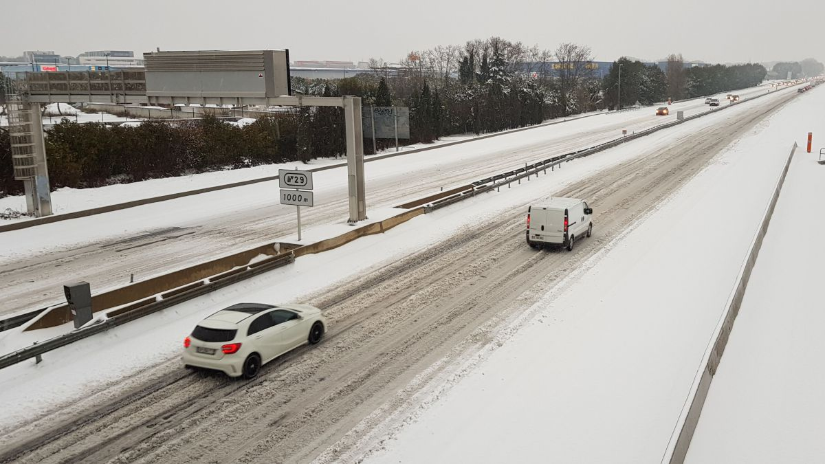 L'autoroute A9 fermée entre Orange Montpellier et Narbonne à cause de la neige et de 2 accidents