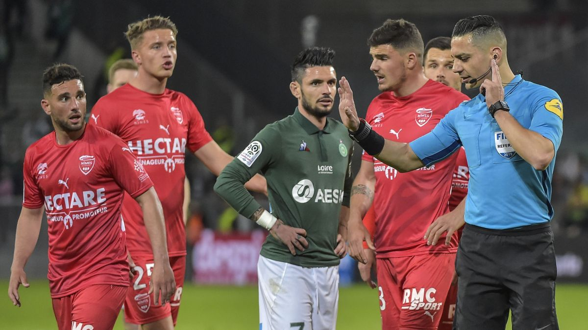 30EME JOURNÉE DE LIGUE 1 CONFORAMA :  ASSE - NO   - Page 3 Nimes_foot-4168006