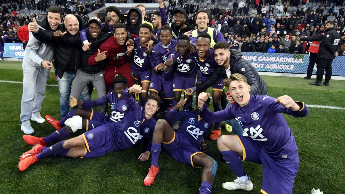 DIRECT VIDEO - La finale de la Coupe Gambardella 2019 entre Toulouse et Saint-Etienne #TFCASSE