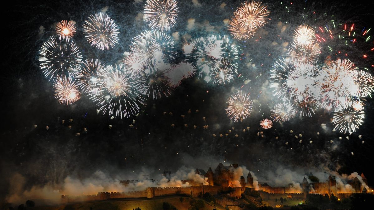 DIRECT VIDEO - Le feu d'artifice du 14 juillet de Carcassonne