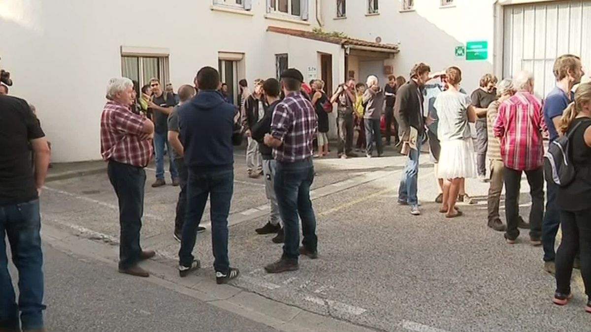 Aude : manifestation à Limoux contre la suspension de l'agrément sanitaire de l'abattoir de Quillan - - France 3 Occitanie