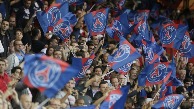 Des supporters du Paris Saint-Germain au Parc des Princes. / © Supporters du PSG au Parc des Princes