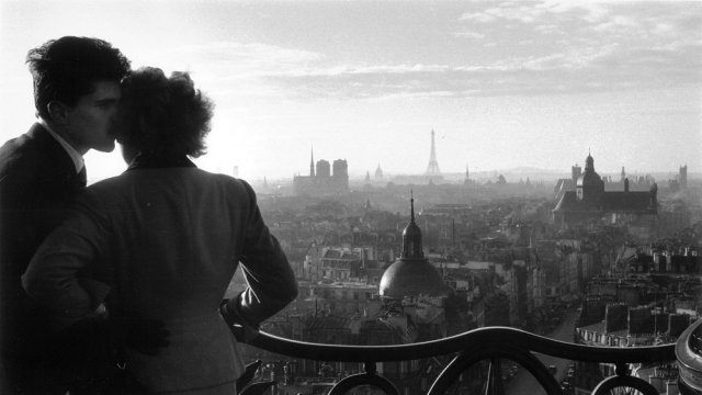 des photos parisiennes de willy ronis vendues aux ench res mardi france 3 paris ile de france. Black Bedroom Furniture Sets. Home Design Ideas