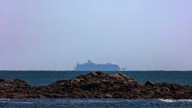 Harmony of the seas au large de la plage Valentin - Saint-Nazaire (44) / © Virgil Beldie