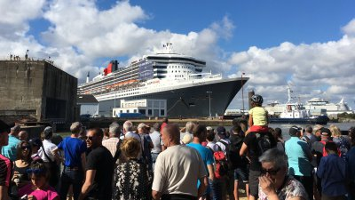 Le Queen Mary 2 est à Saint-Nazaire !