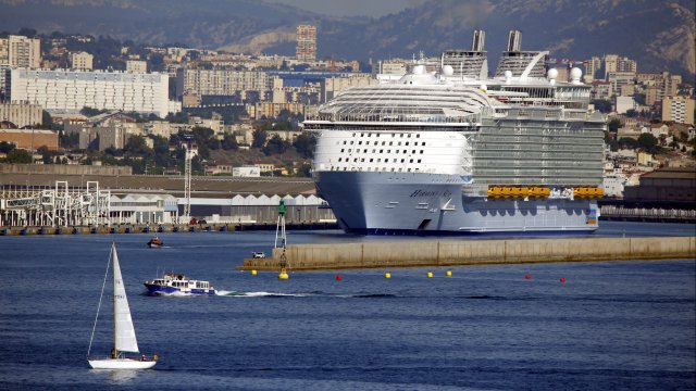 Accident sur l'Harmony of the Seas à Marseille : un mort et quatre blessés