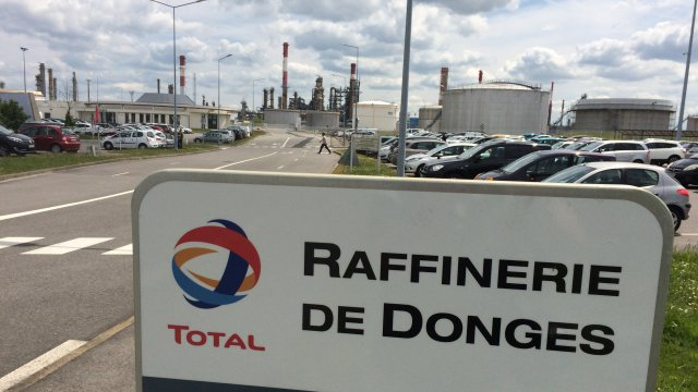 Loire-Atlantique : la raffinerie Total de Donges en mode inspection