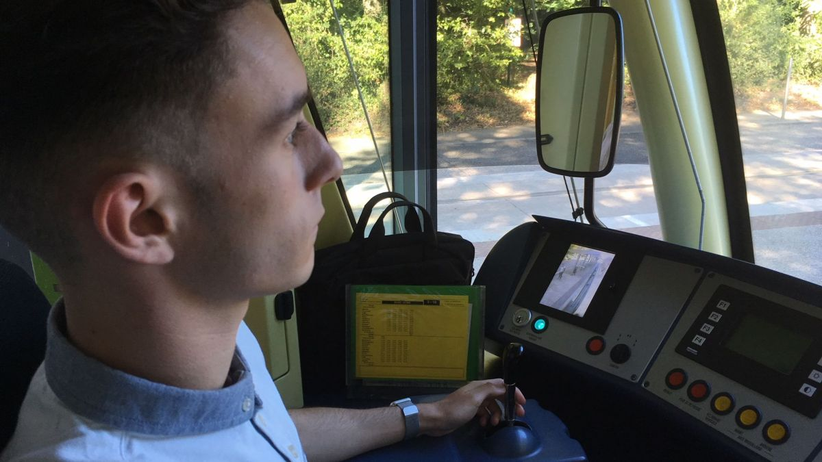 Job étudiant à Nantes : conducteur de tramway