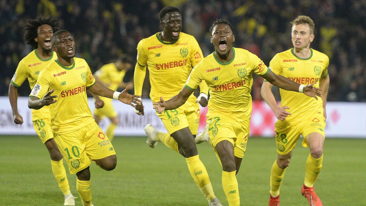 En s'imposant 2-1 face à Lyon, le FC Nantes assure presque son maintien en Ligue 1 / © PHOTOPQR/OUEST FRANCE/MAXPPP