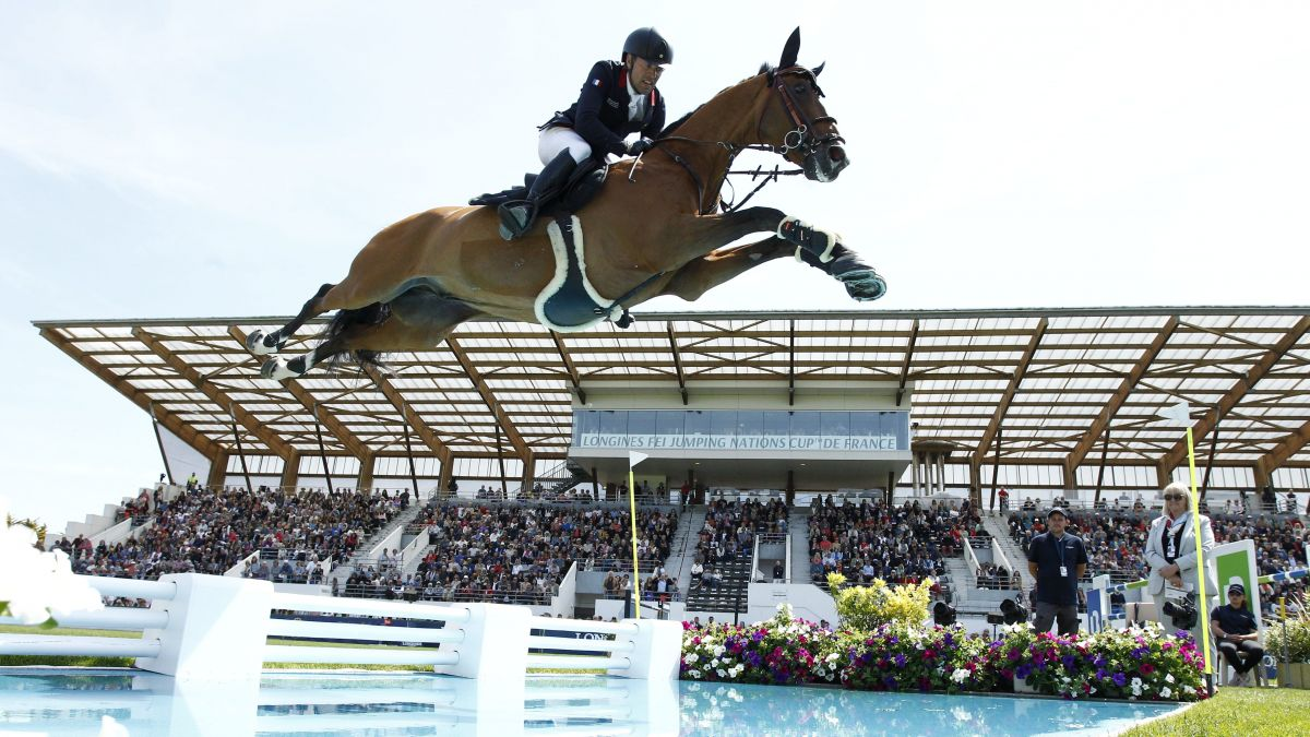 Équitation : les stars du saut d'obstacles sur la pelouse du jumping international de La Baule