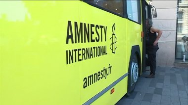 Les 18 et 19 juillet le bus d'Amnesty International passe par Avignon