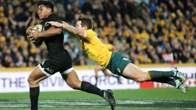 Le centre All Black Malakai Fekitoa signe au RCT