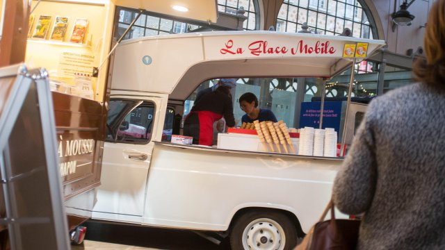Foodtruck au Carreau du Temple à Paris. Le concept a désormais pignon sur rue en France.. / © Bruno Levesque/IP3 septembre 2015.