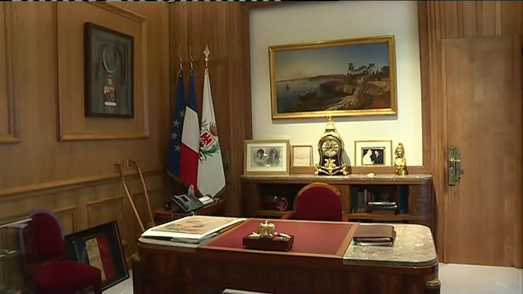 Interdiction de s'asseoir à la place de monsieur le maire. / © France 3 Côte d'Azur