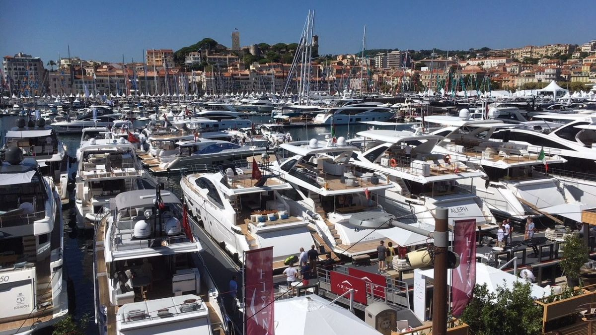 Yachting Festival de Cannes : le plus grand salon nautique d'Europe se met à l'écologie
