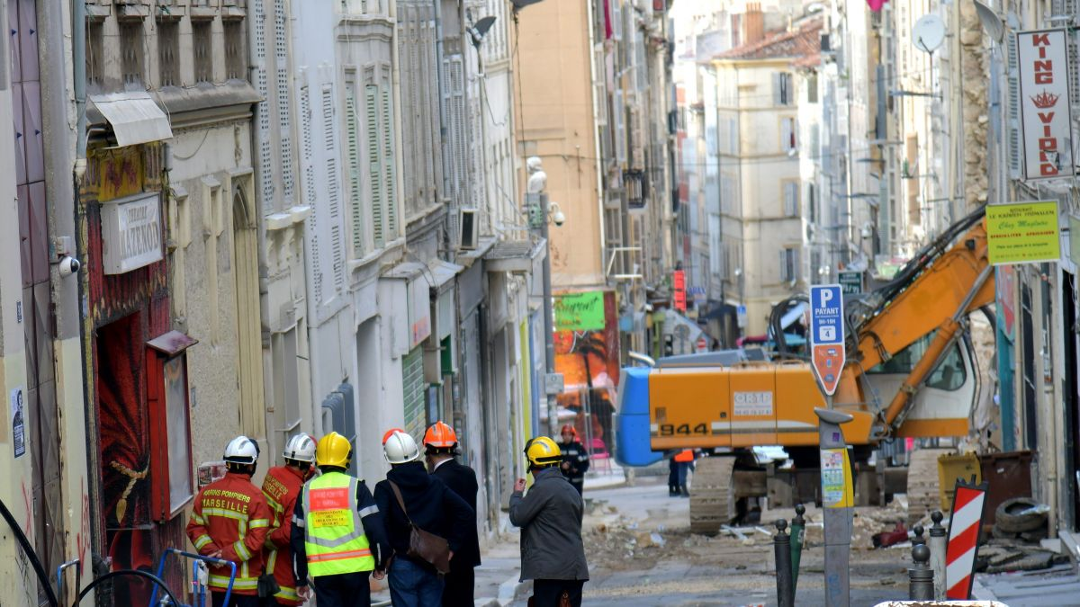 Immeubles effondrés à Marseille: perquisitions chez les experts