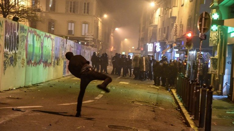 VIDEO. Marseille : affrontements entre CRS et manifestants à la Plaine, deux interpellations