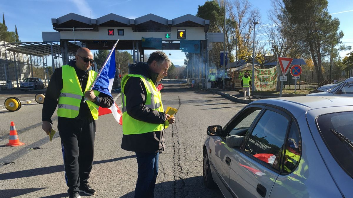 DIRECT. Gilets jaunes : blocages et pénurie de carburant à Marseille, Arles, Aix, Gap, Avignon...