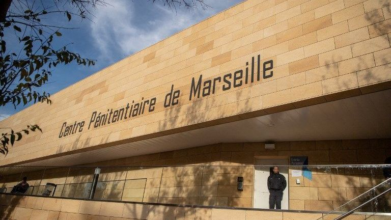 Marseille Des Associations Sindignent Contre Linstallation De