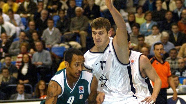Basket :Todic rejoint le Champagne Ch�lons Reims Basket (CCRB)