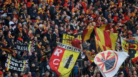 01/02/2016_supporters Lens