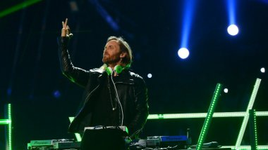 David Guetta ici en concert aux USA / © ETHAN MILLER / GETTY IMAGES NORTH AMERICA / AFP