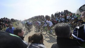 Paris-Roubaix en direct streaming jusque 17h. / © AFP