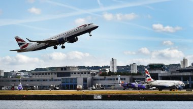 Le London City Airport est situé au coeur de la capitale britannique. / © MaxPPP