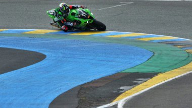 French rider Matthieu Lagrive on Kawasaki ZX10R Formula EWC N°11 competes in the 39th Le Mans 24 hours endurance race on April 10, 2016 in Le Mans, western France. 