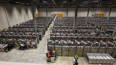 Le site Amazon à Lauwin-Planque. / © DENIS CHARLET / AFP